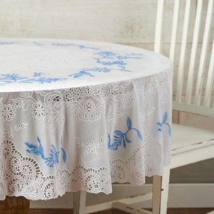 """Barbara King 70"""" Round Faux Lace Tablecloth"""